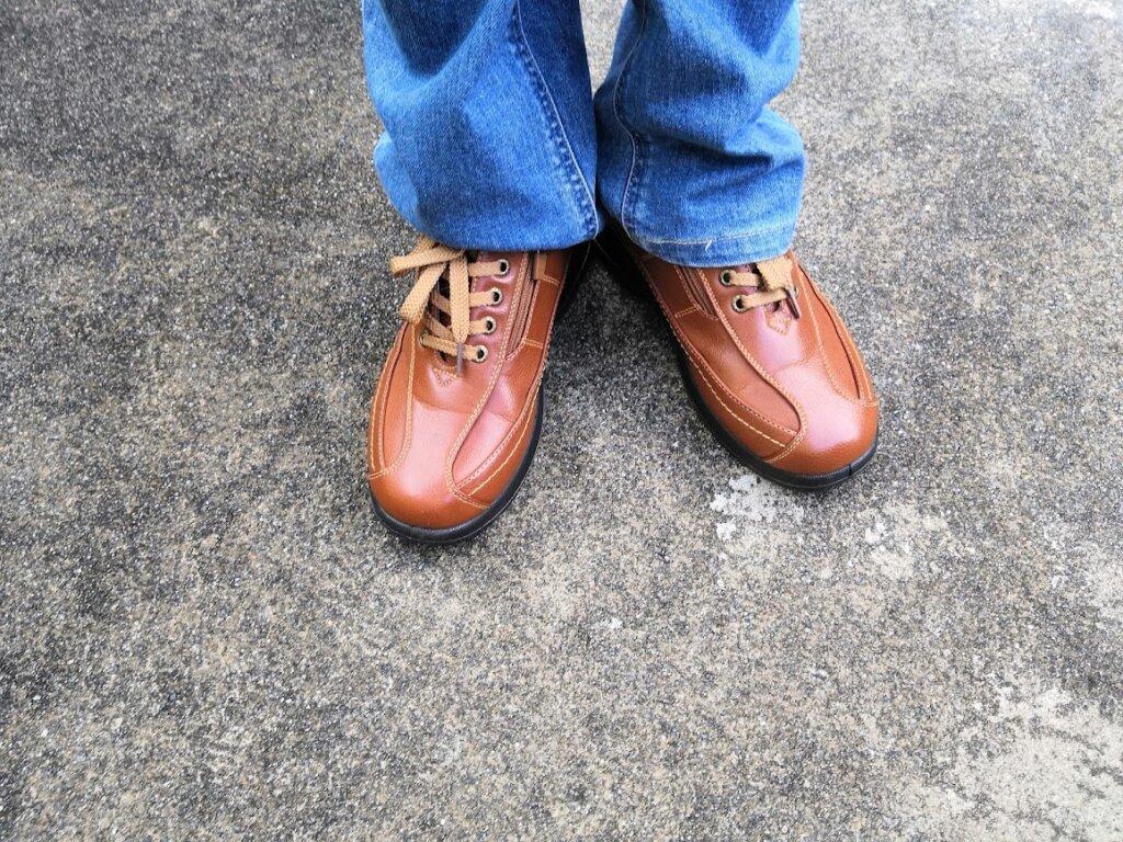 実際にバイオフィッターの靴を履いてみた様子
